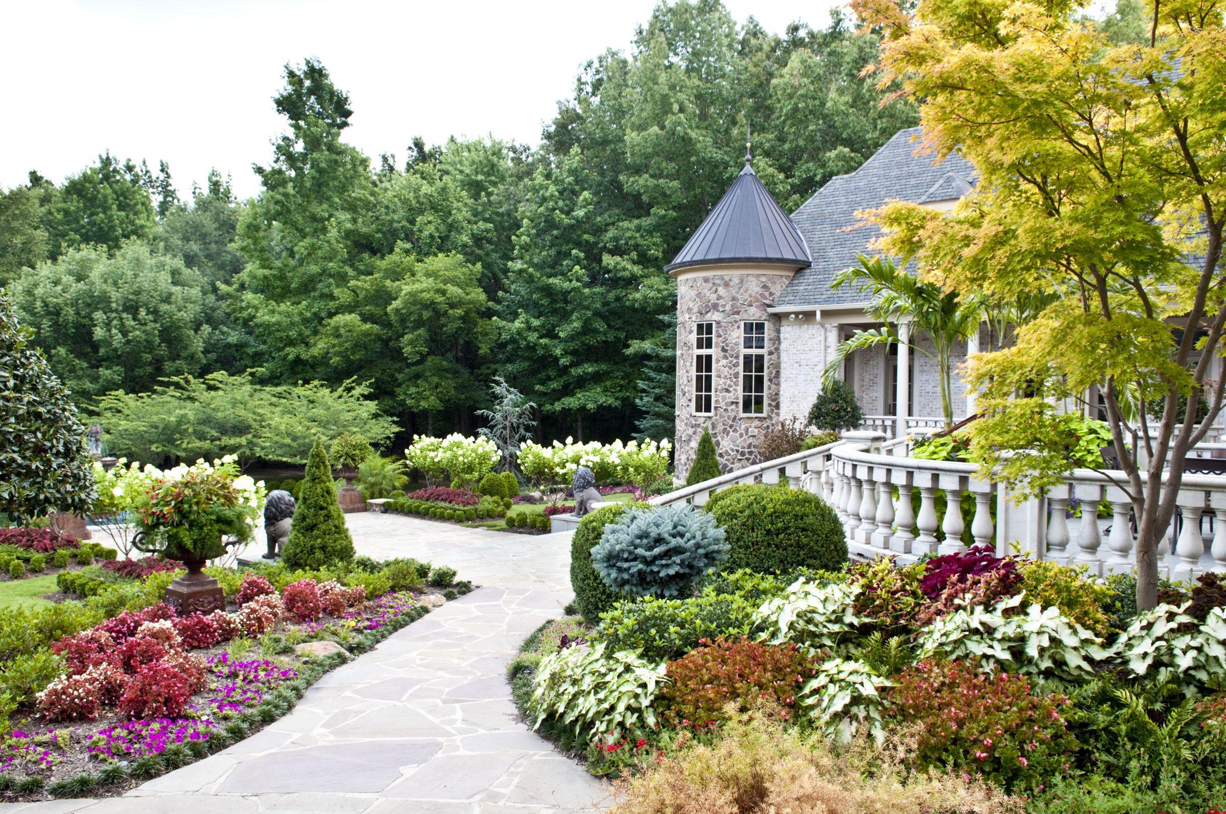 Backyard Landscape W Seasonal Color By Gurley S Azalea Garden Inc Memphis Tn Www Gurleysmemphis Com Azaleas Garden Backyard Landscaping Landscape Design
