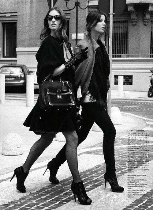 Freundschaft ist uns eine wahre Herzensangelegenheit! Gewinne jeweils ein #CoutureStyling Set für dich und deine beste Freundin - mehr Infos findet ihr hier: http://instagram.com/p/ncc9xIypuV/