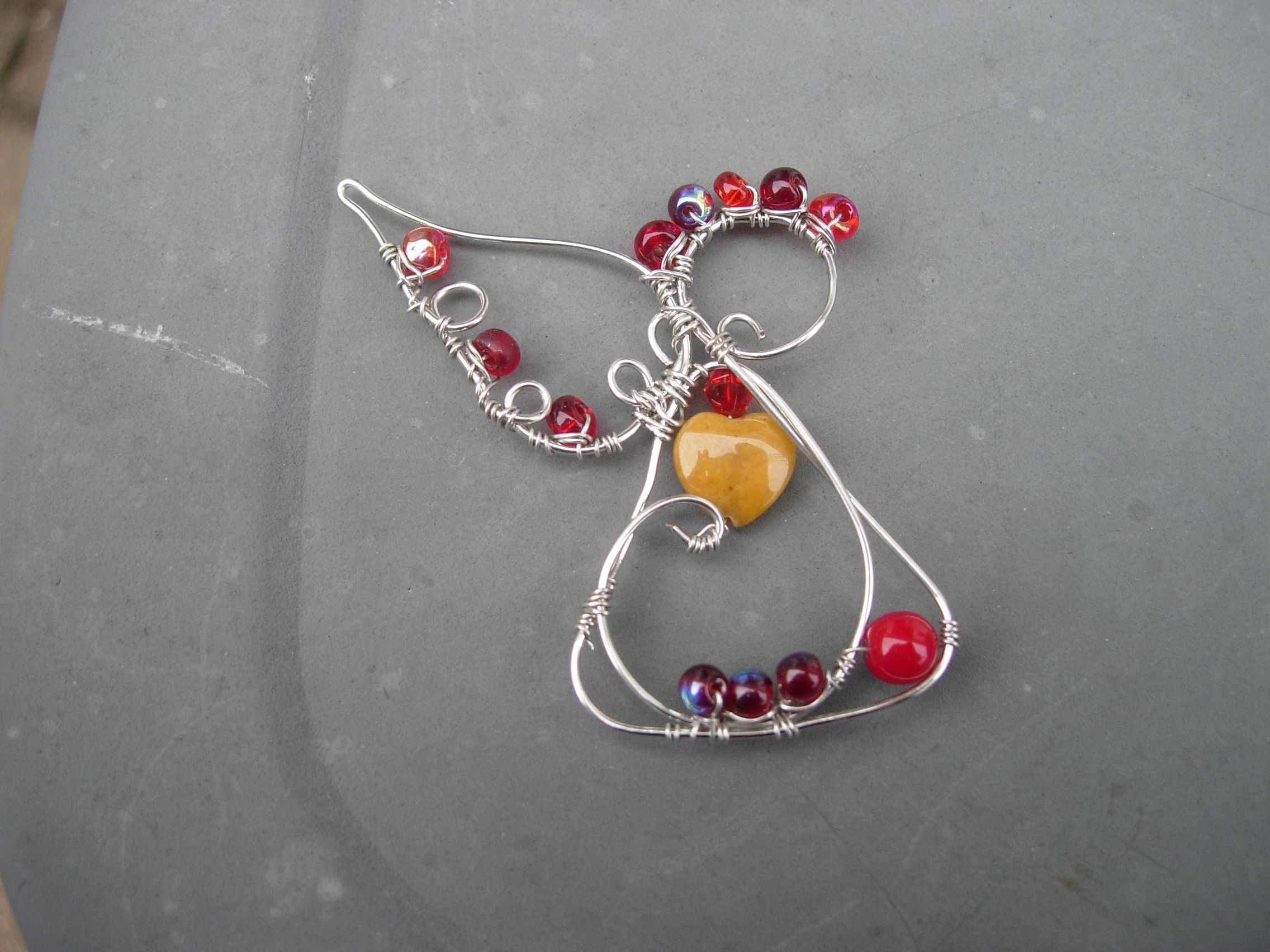 New wire angel design | Wire jewelry designs, Angel and Crafts