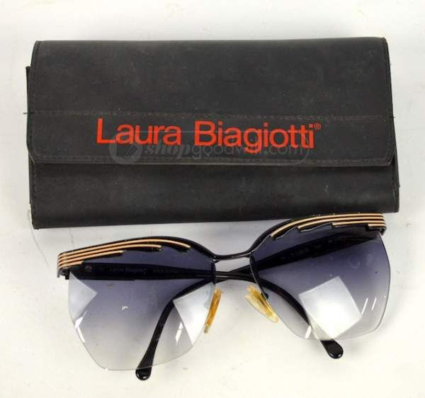 d55b60521a0 Laura Biagiotti oversize cateye sunglasses Eyes Wide Shut