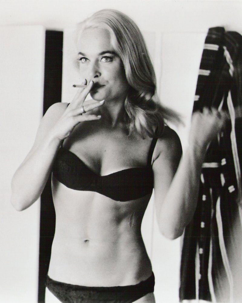 Shirley Eaton Nude Photos 2