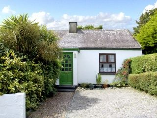 search and find a cottage in ireland hogans irish cottages rh pinterest com hogans irish cottages donegal hogans irish cottages reviews