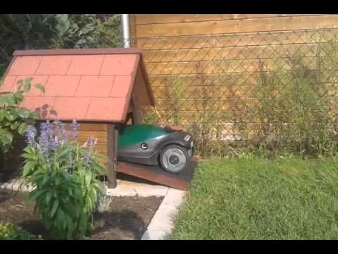 Robomow Lawn Mower Starting Procedure From Kennel Garage Doghouse Hundehaus Ideen Hundehutte Ladestation