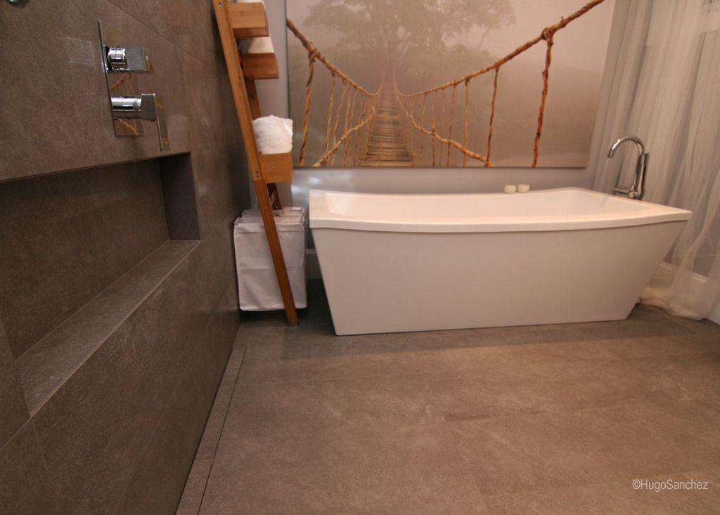 Shower Slot Drain With Large Porcelain Tiles