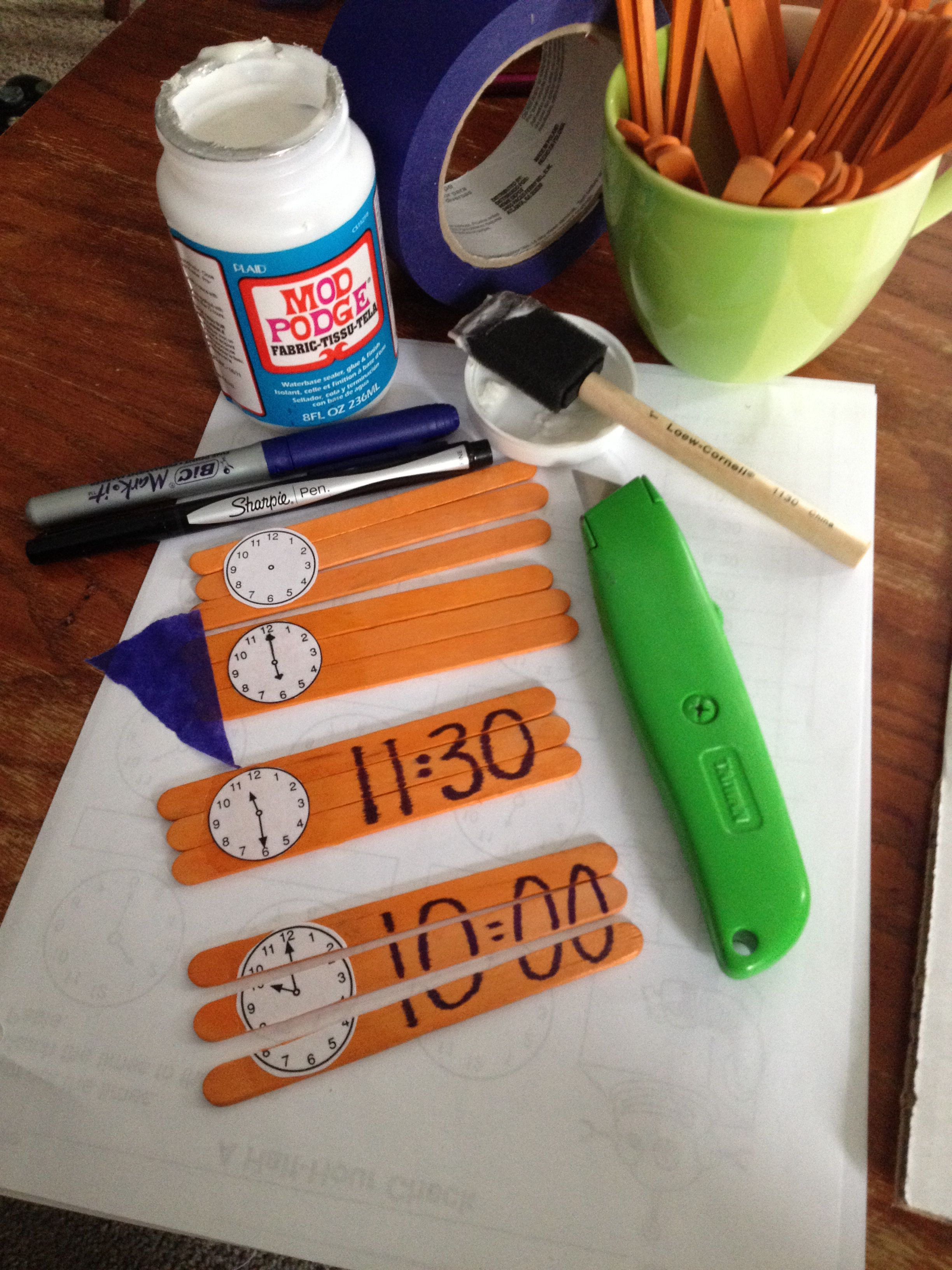 Easy Popsicle Stick Telling Time Puzzle You Can Make