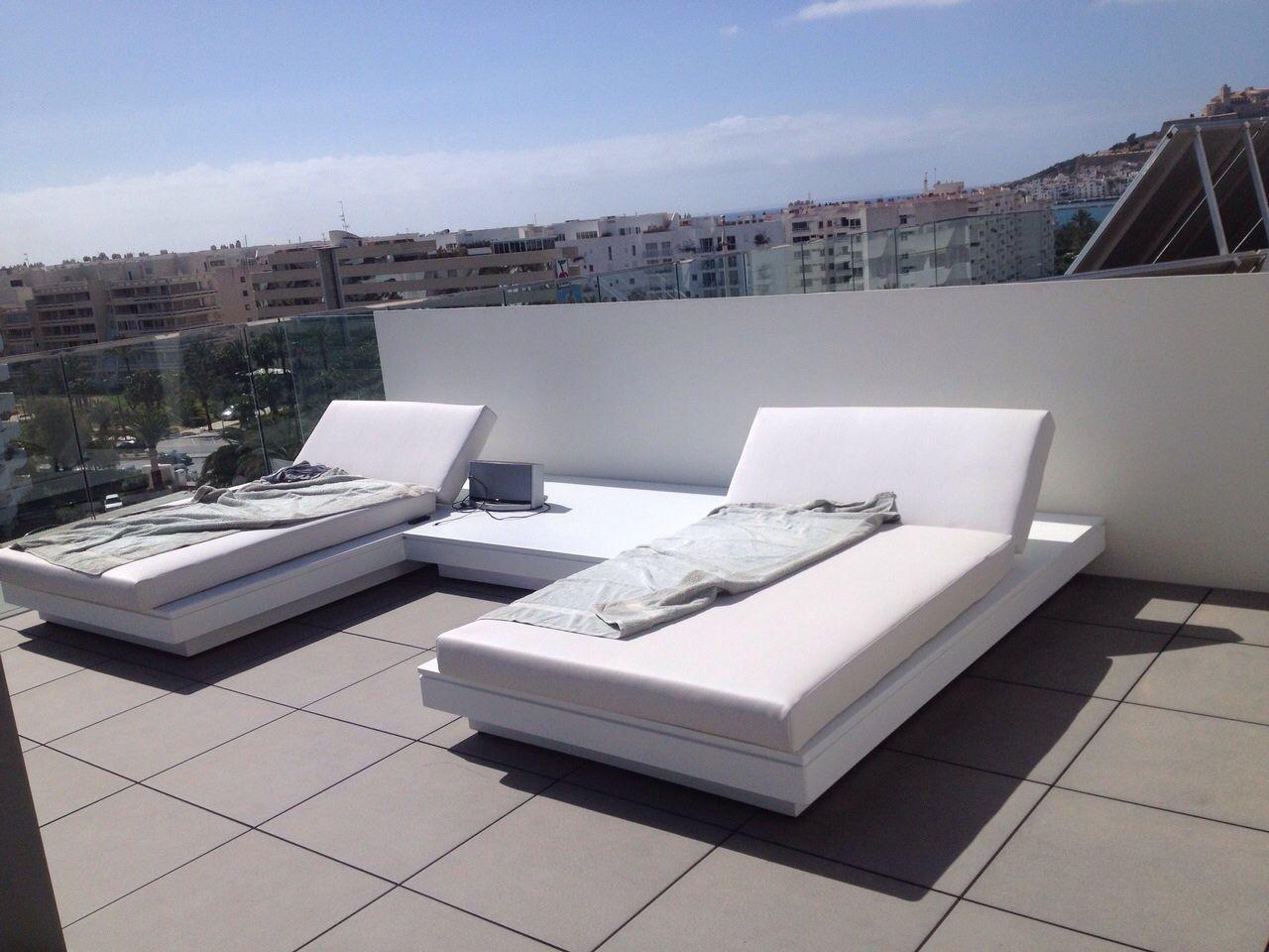 Camas Chill Out.Muebles de terraza metálicos lacados con pintura al ...