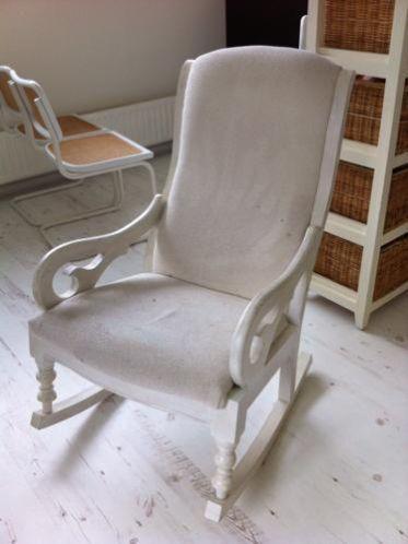 Schommelstoel Voor Op De Babykamer.Schommelstoel Babykamer Stoelen