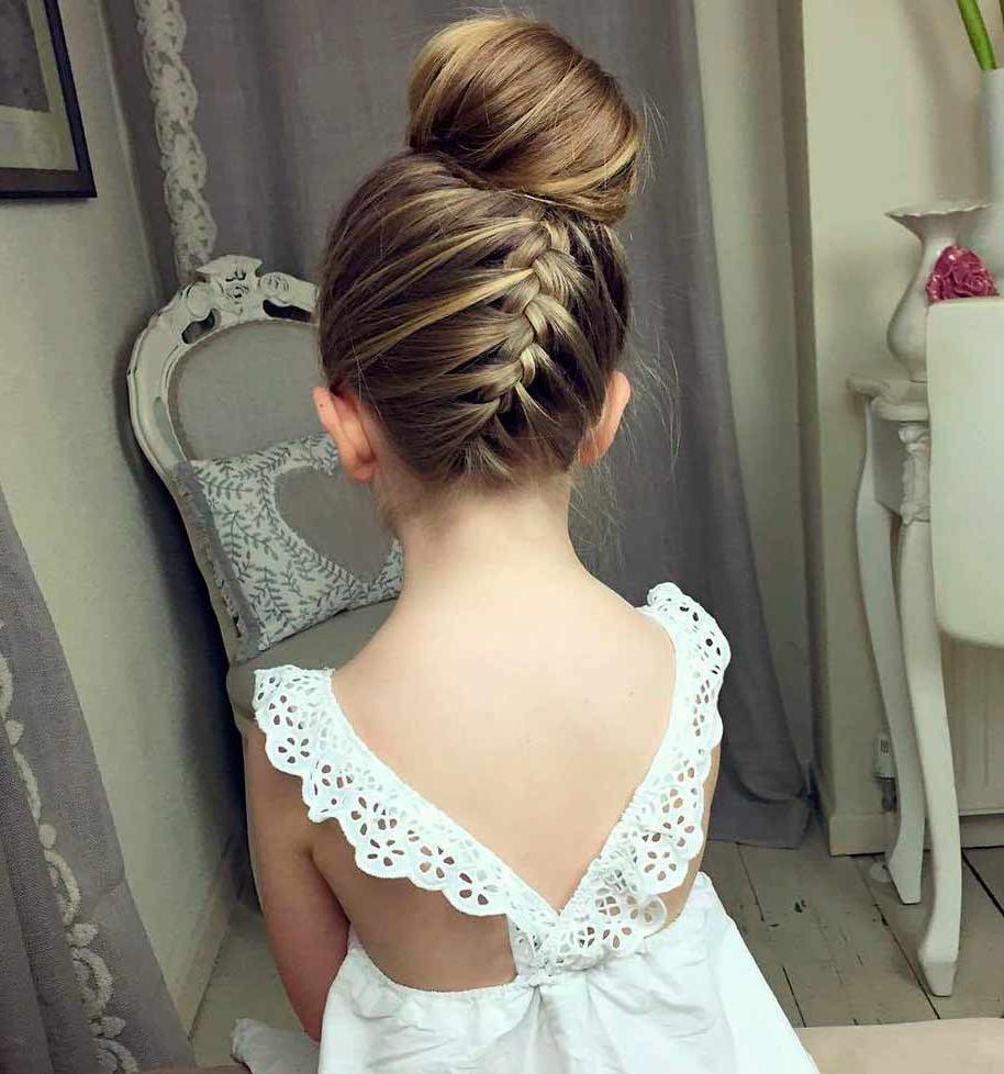 37+ Coiffure mariage petite fille cheveux long inspiration
