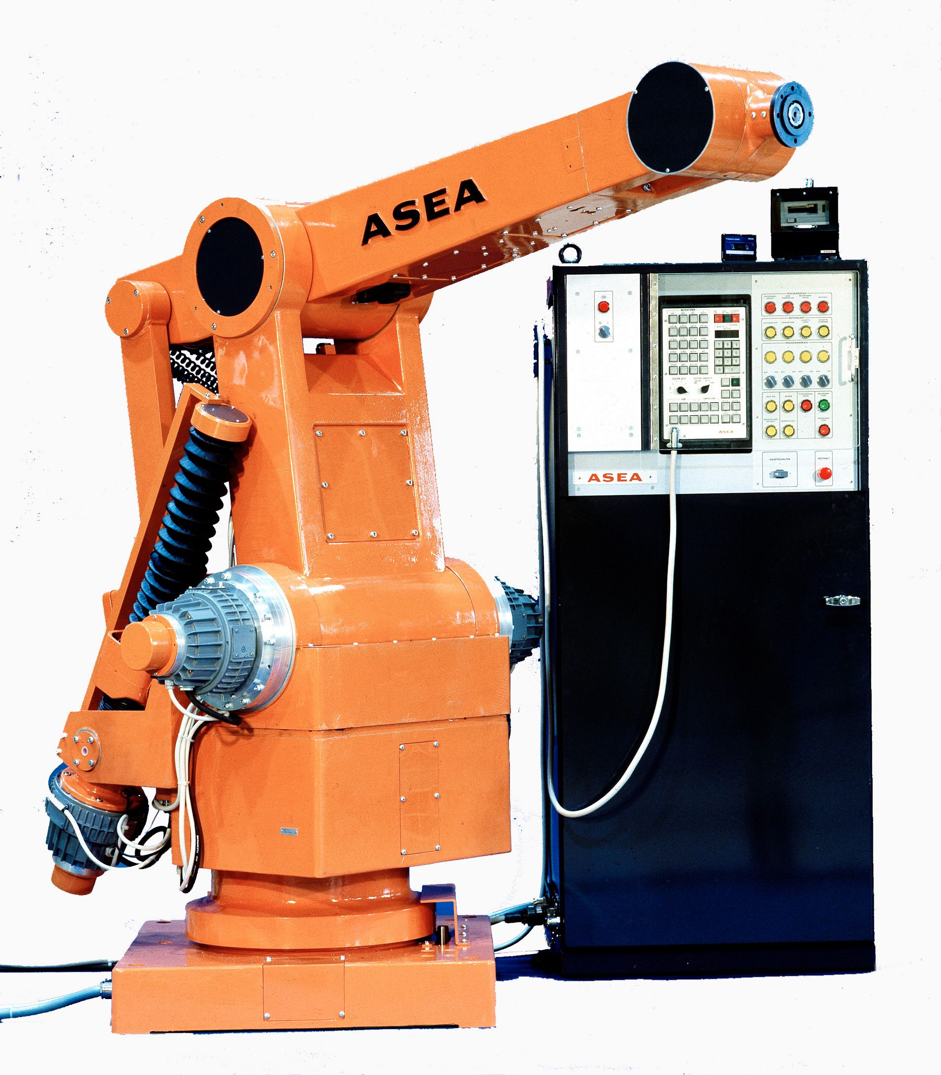 cbb90c44fd7a069e9f6d74e66fd4934e tbt tbt the second robot, irb 60, developed by asea was launched  at creativeand.co