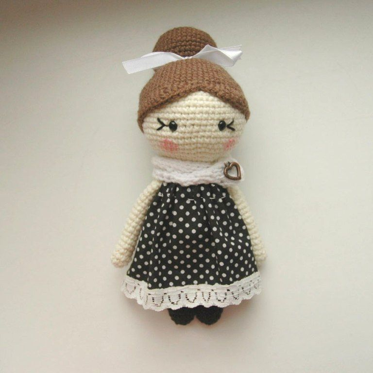Amigurumi little lady doll crochet pattern free | amigurumi/crochet ...