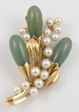 Vintage Ming's 14K Yellow Gold Green Jade & Cultured Pearl Floral Brooch