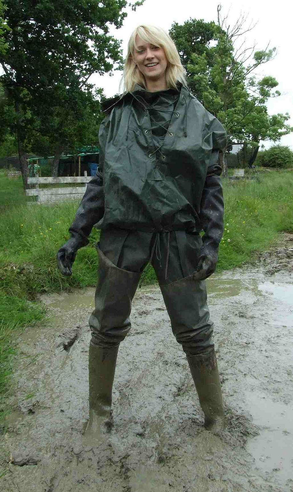 Granny wearing waders anal
