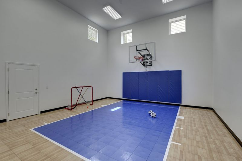 Indoor Recreation Sport Court Creek Hill Custom Homes Custom Homes House Home