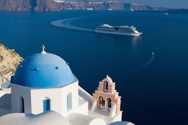 Experience Greece By Taking a Cruise