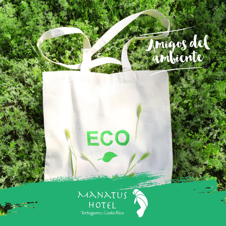 """Tortuguero inició el proyecto """"Desembólsate""""  con el fin de eliminar el uso de bolsas plásticas en toda la zona.  ¿Maravilloso verdad?  #Ecoturismo"""