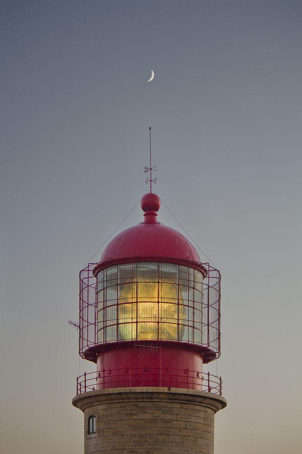 Faro del Cabo de San Vicente (Portugal) by Ivanferu, via 500px