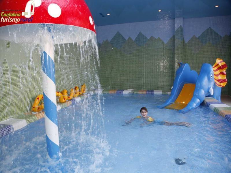 Hotel Balneario De Puente Viesgo Piscina Infantil Balnearios Cantabria Outdoor Decor Pool Pool Float