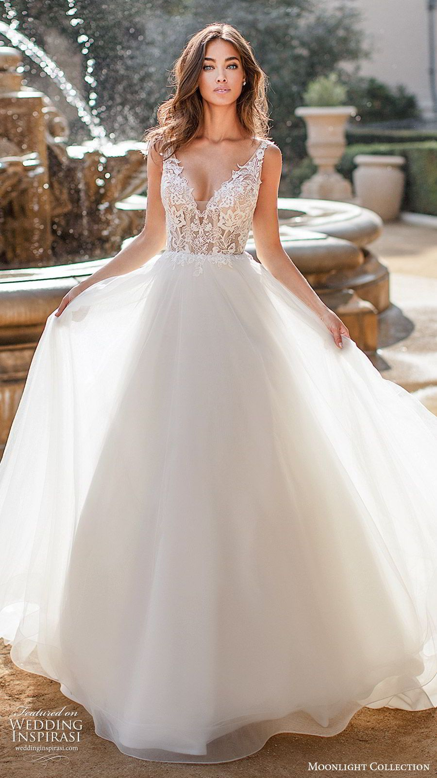 Beautiful Wedding Dresses From The 2017 Crystal Design Collection Sevilla Bridal Campaign Wedding Inspirasi Pink Wedding Dresses Ball Gowns Wedding Backless Wedding [ 1326 x 900 Pixel ]