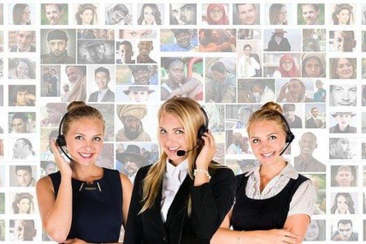 اساسيات خدمة العملاء و كيف أصبح موظف خدمة عملاء ناجح Job Interview Advice Phone Interviews Call Center