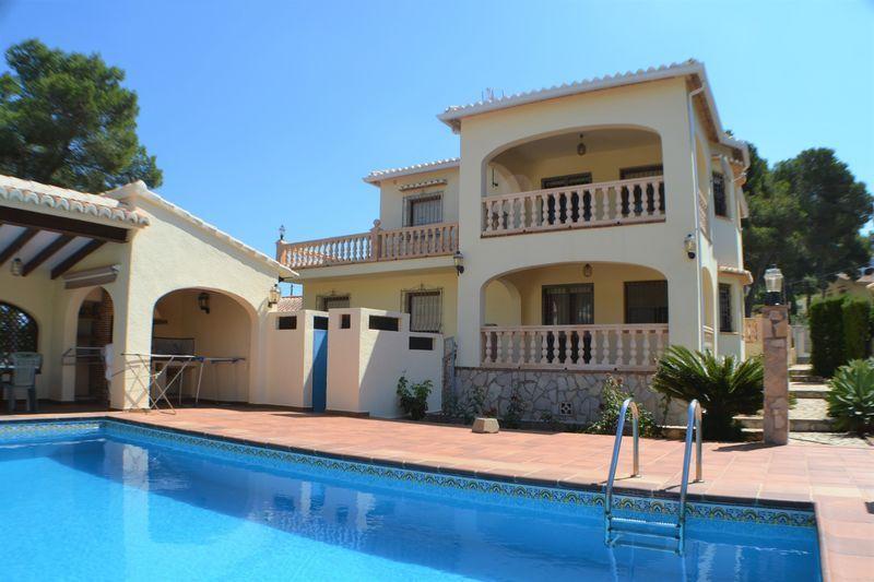 Villa In Javea 5 Beds 2 Baths 380 000 Javea Xabia Villa