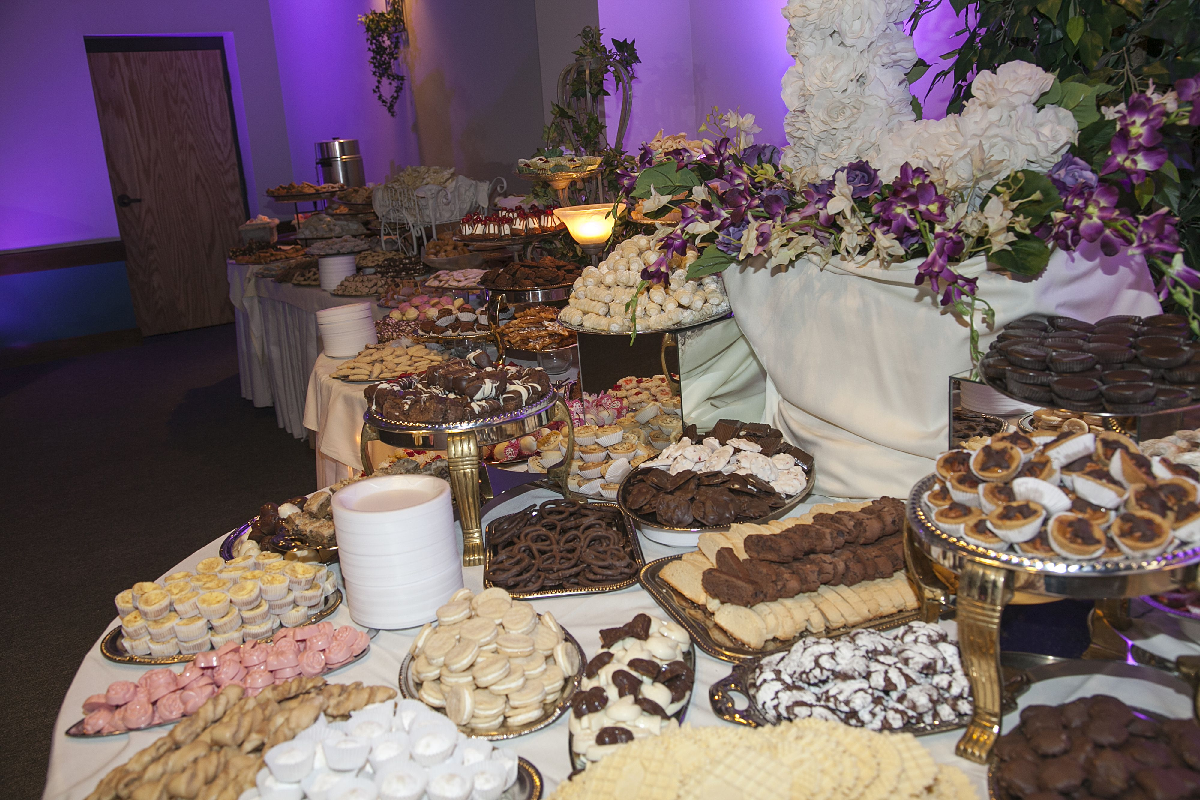 The Traditional Italian Wedding Cookie Table