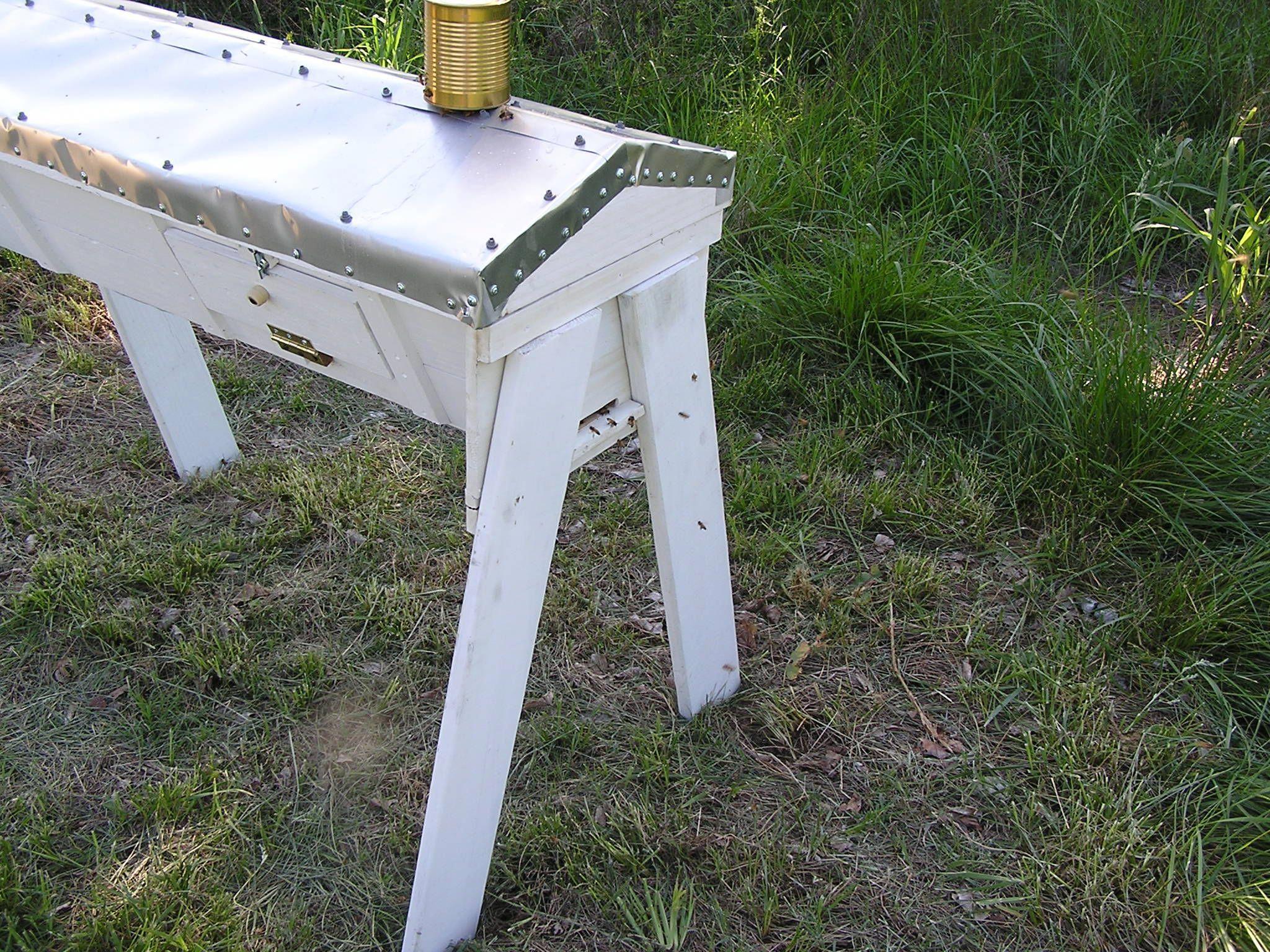 My top bar hive - organic backyard bee keeping anyone can ...