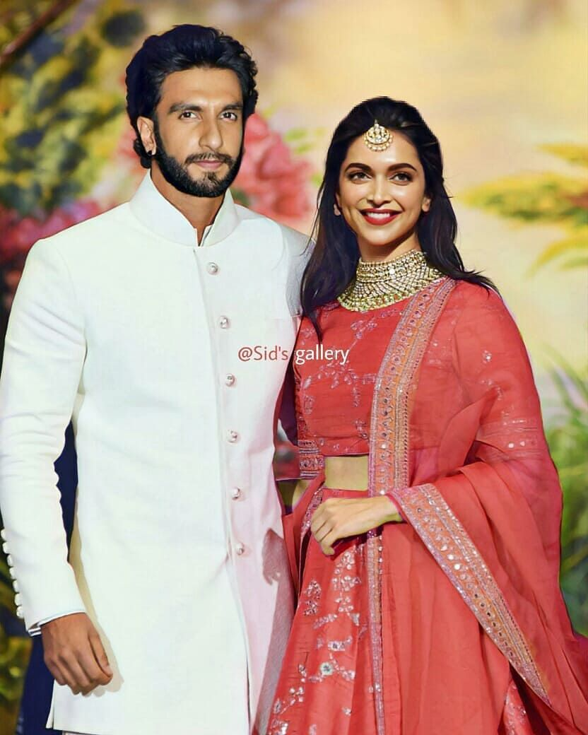 Married Couple Deepikapadukone Ranveersingh P Desi Wedding Dresses Indian Wedding Outfits Indian Bridal Outfits