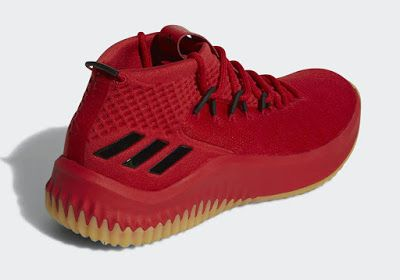 Kicks x Clothes x Photos x adidas FLY SH T!: adidas x e69832