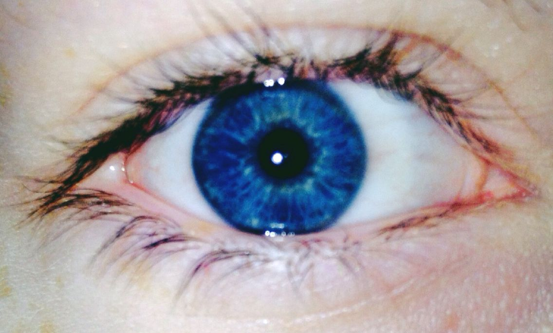 Really intense, vivid eye colors, especially blue and ...