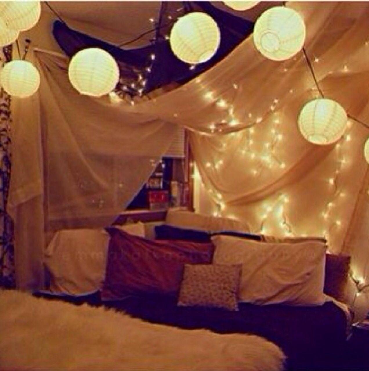 Cool Canape Over Bed Bookshelf Indie Bedroom Tumblr Bedroom Dream Bedroom