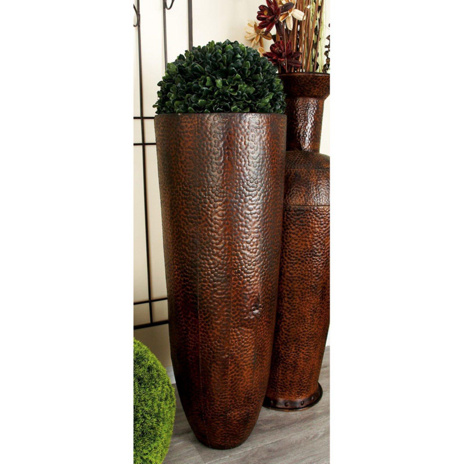 Decmode Bronze Embossed Metal Floor Vase Set Of 2 Vase Set