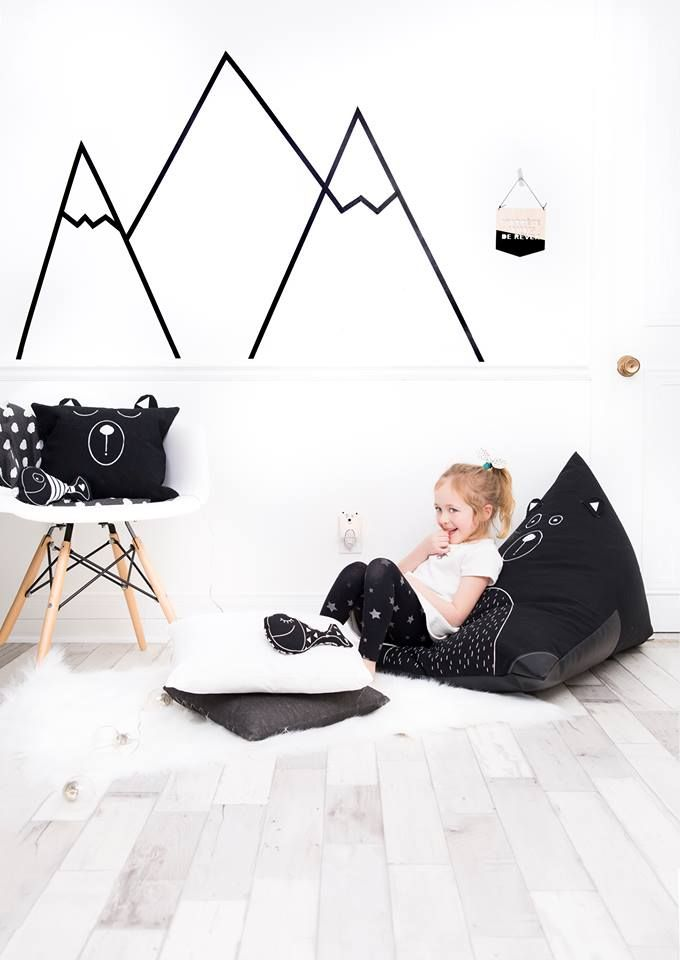 Phenomenal Black And White Decor Scandinavian Inspiration Bear Bean Inzonedesignstudio Interior Chair Design Inzonedesignstudiocom