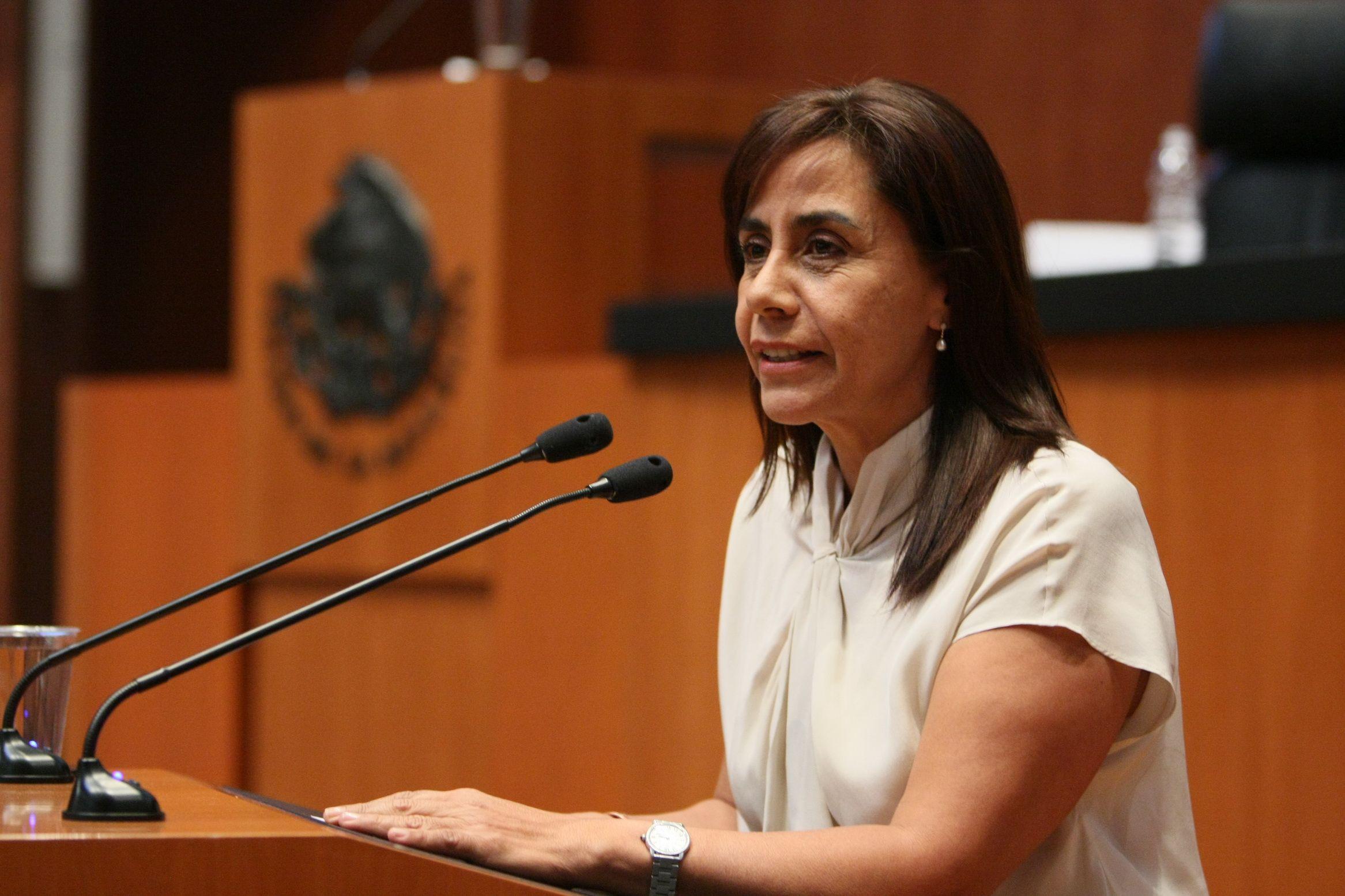 Luisa María Calderón  El cambio que Michoacán necesita!