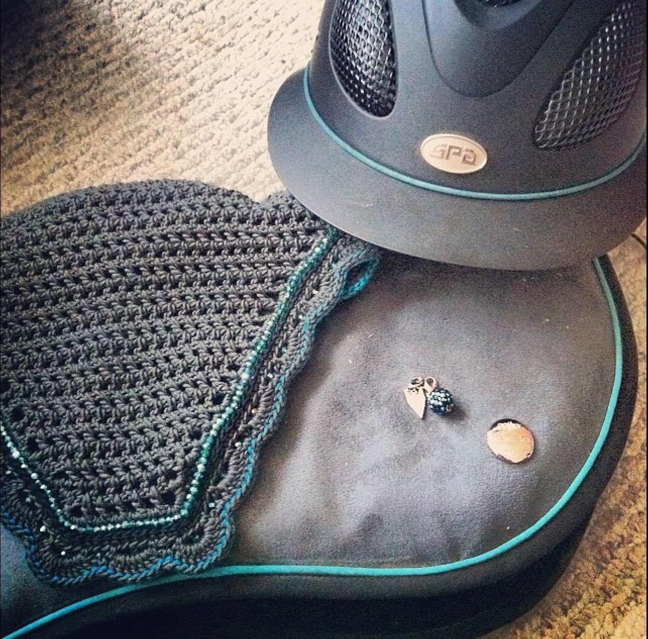 Ogilvy Equestrian Grey with Teal