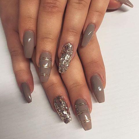 Nails by Henna 💎 #kynnet #rakennekynnet #geelikynnet #nails #nailswag #instanails #gelnails  @spalotus_tikkurila