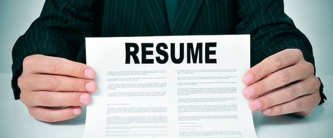 How to Create a Sales Resume That Grabs Recruitersu0027 Attention - create a functional resume