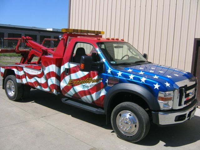 American Flag on Tow TruckwwwTravisBarlow - Towing, Auto