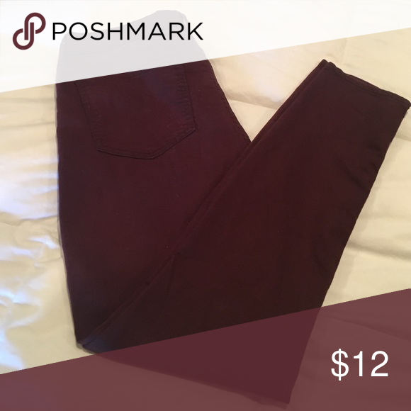 Oxblood Mid-Rise Rockstar Jeans Stretchy cotton. Perfect for fall! 🍂 Old Navy Jeans Skinny