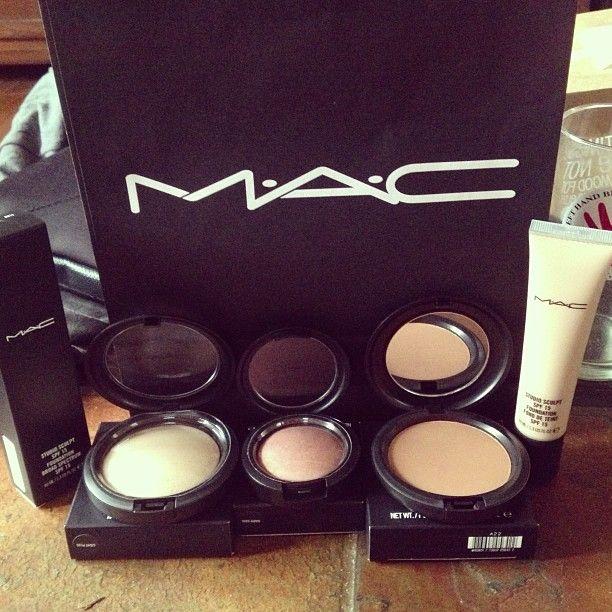 Mac daddy makeup