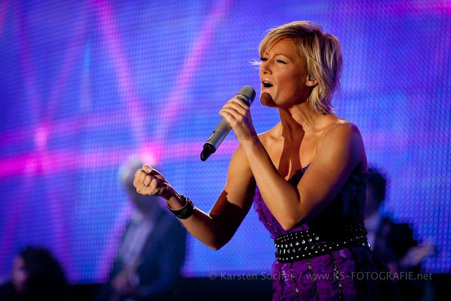HELENE FISCHER - Best Of - Tournee 2011 - Live mit ihrer Band und erstmals mit einem großen Orchester