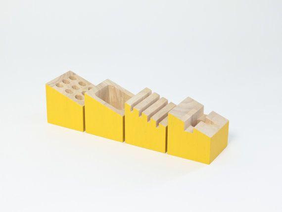 Organiseur bureau bois hévéa jaune soleil porte carte pot