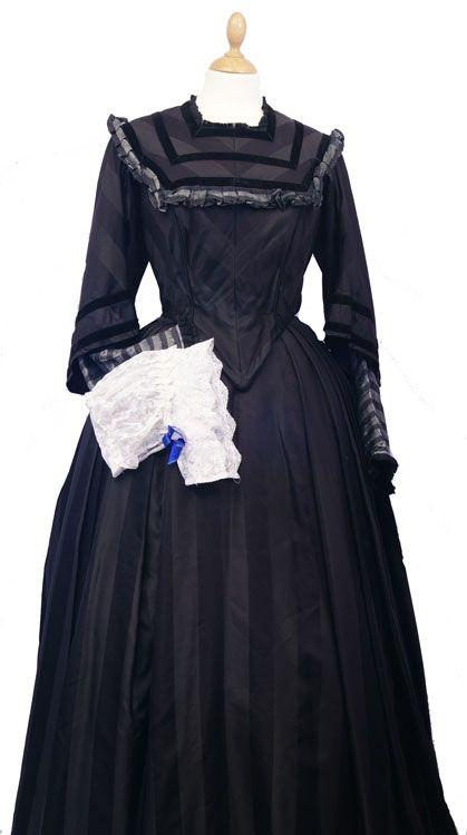 1940s Vintage Red Cross Ladies Uniform 2 Costume Hire Direct Costume Hire Lady Florence Nightingale