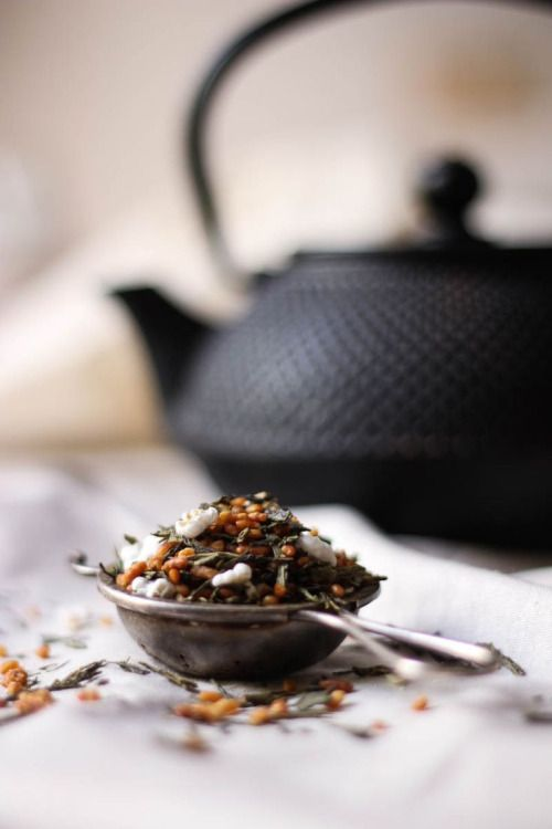 genmaicha / green tea w/ roasted rice / tohercore.com / 玄米茶