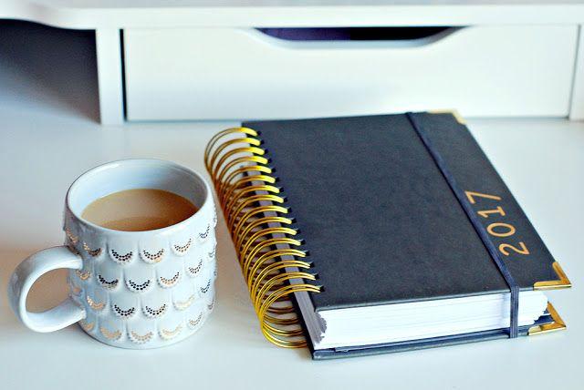 Love, Joleen: 4 Ways to Set Intentions for 2017 #goals #momboss #goaldigger #momblogger #onelittleword #planner