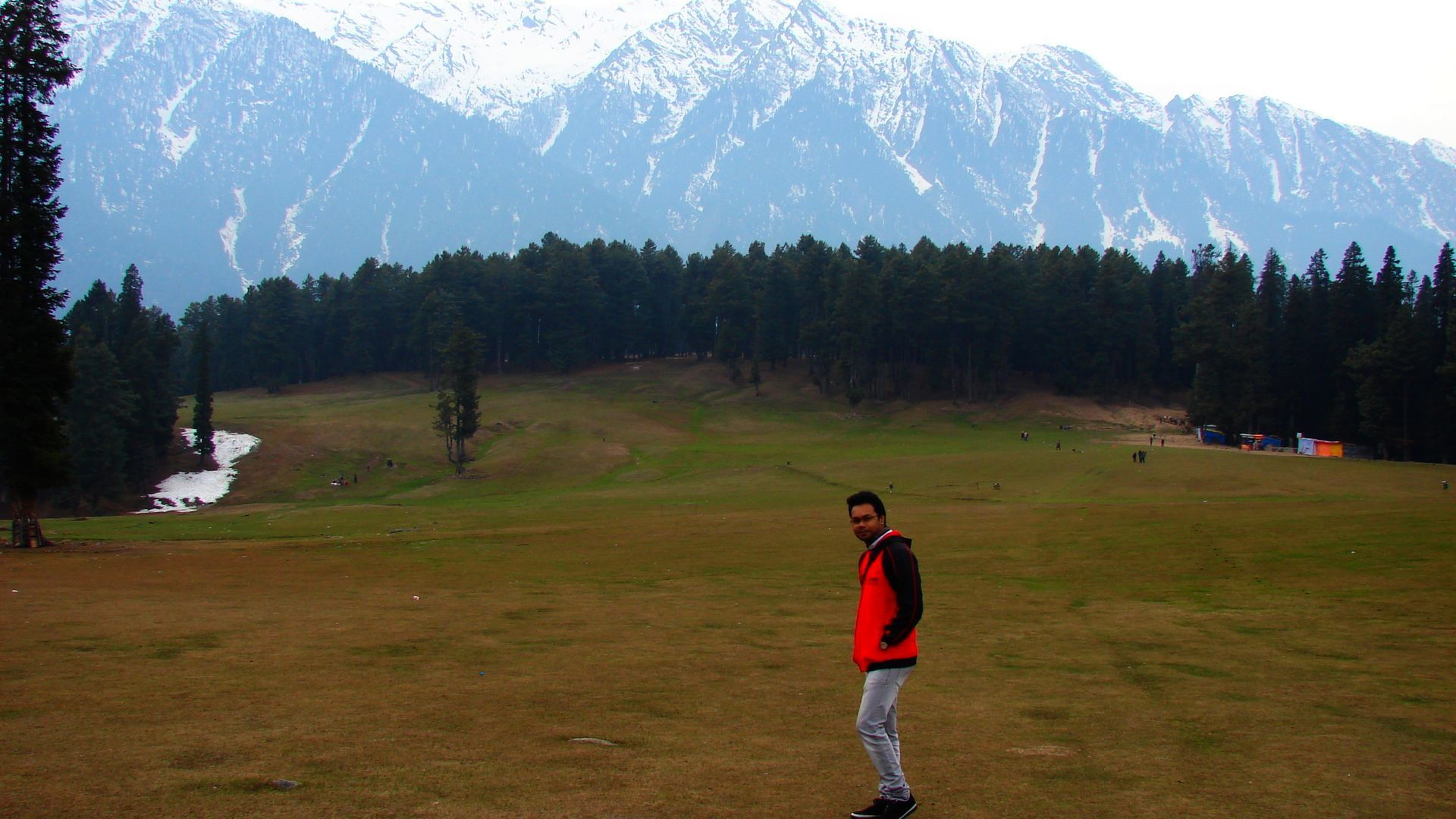 """Words of Praise for Kashmir Mart tour and Travels.  """"Wow !! … I am completely thankful for the wonderful trip you arranged for us and making my honeymoon trip special. I am very pleased with the arrangements in House Boat in Srinagar, the accommodation in Pahalgam, which I personally feel is the best located hotel in pahalgam, and finally the retreat I had in Gulmarg resort as it was again a hotel so beautifully located with wonderful vision all around.  Mr. Arjun Ghosh, Accenture India."""
