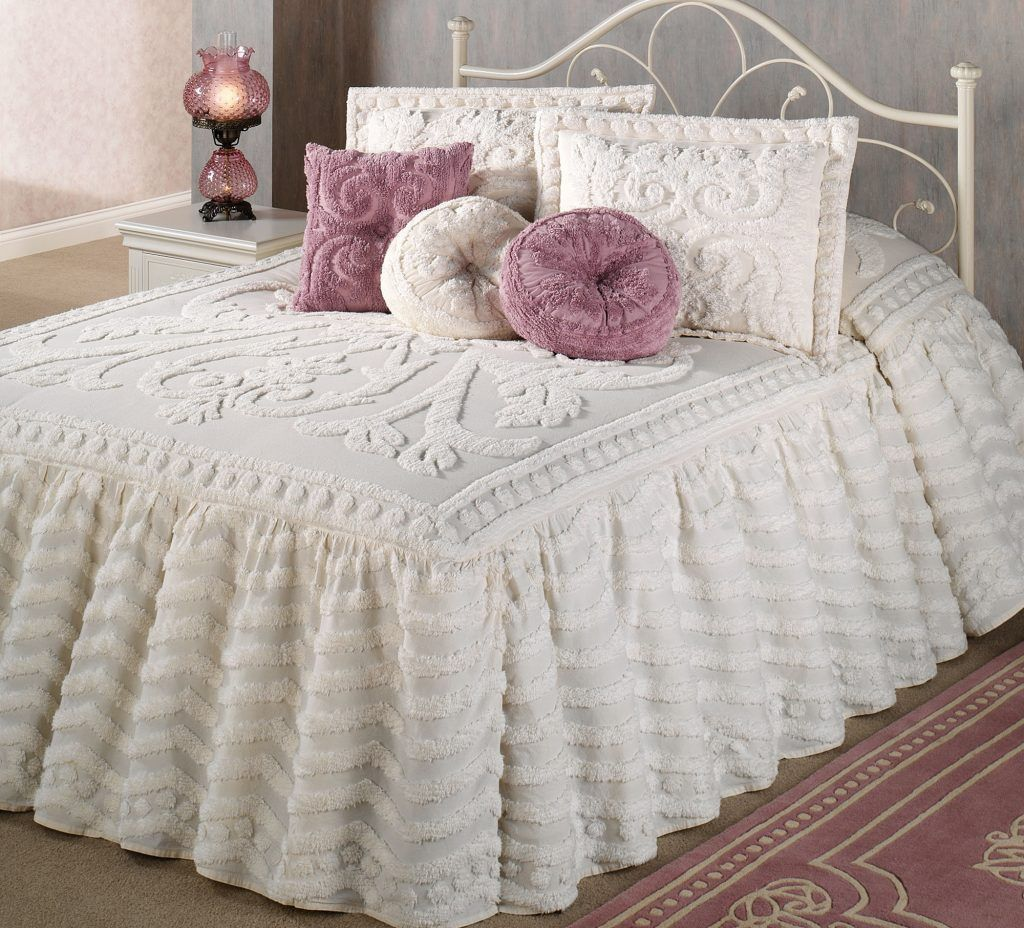 Advantages Of Buying Chenille Bedspreads At Walmart Bedding Bedspreads Comforter You Ll Love Bed Spreads Bed Chenille Bedspread