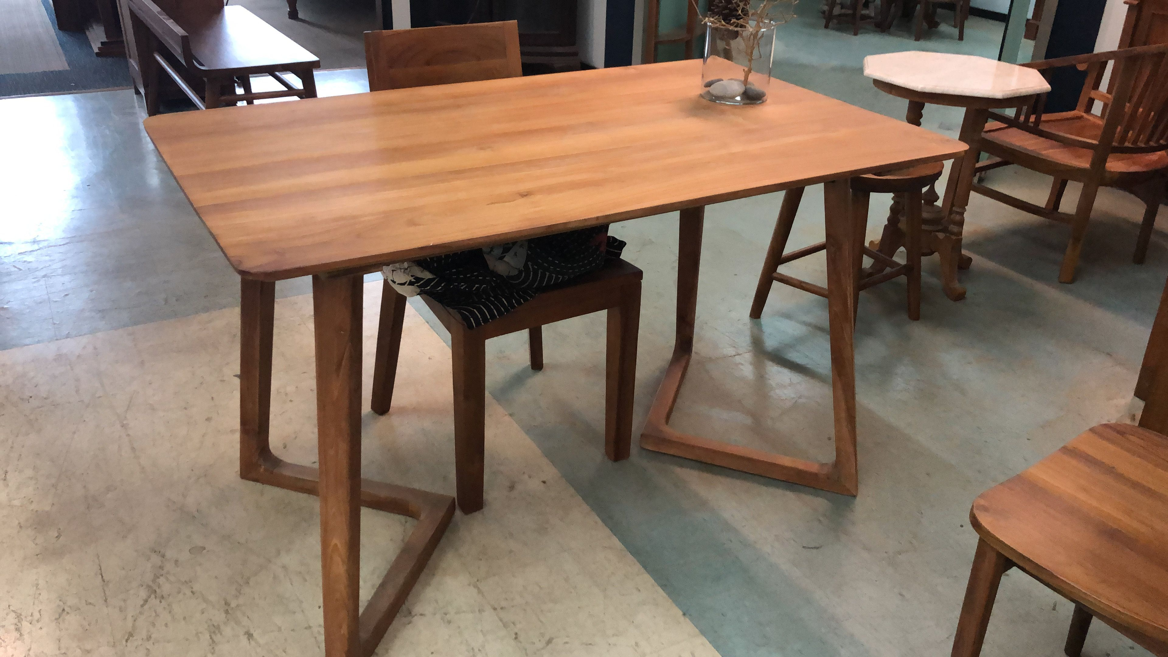 Pin By Pagoda Teak On Dining Sets In Teak Dining Table Decor