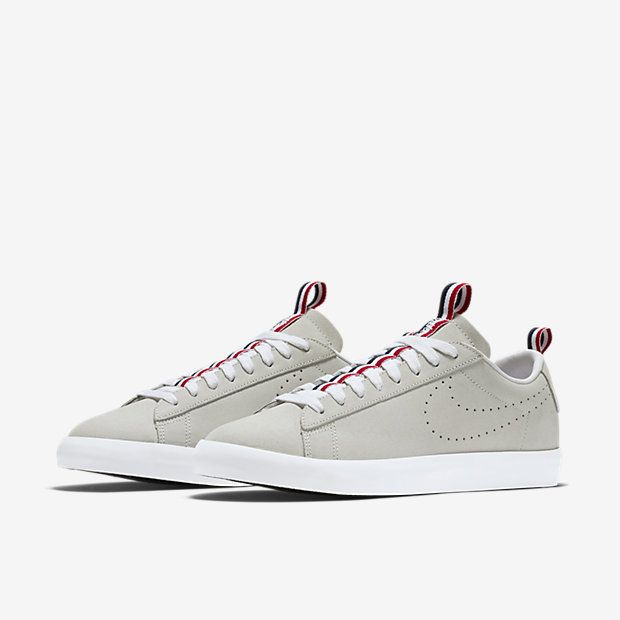 NIKE SB X 917 BLAZER LOW GT PRM QS SUMMIT WHITE 874688 111 Sneaker head Pinterest Blazers Sneaker heads and Casual sneakers
