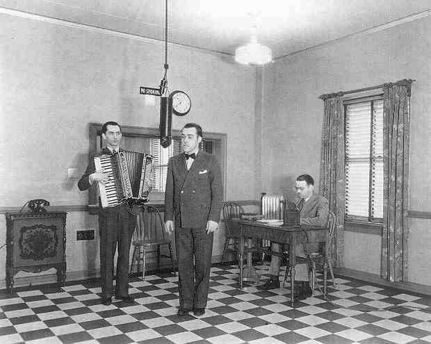 Radio Broadcasting in the 1920s - a Minneapolis radio station