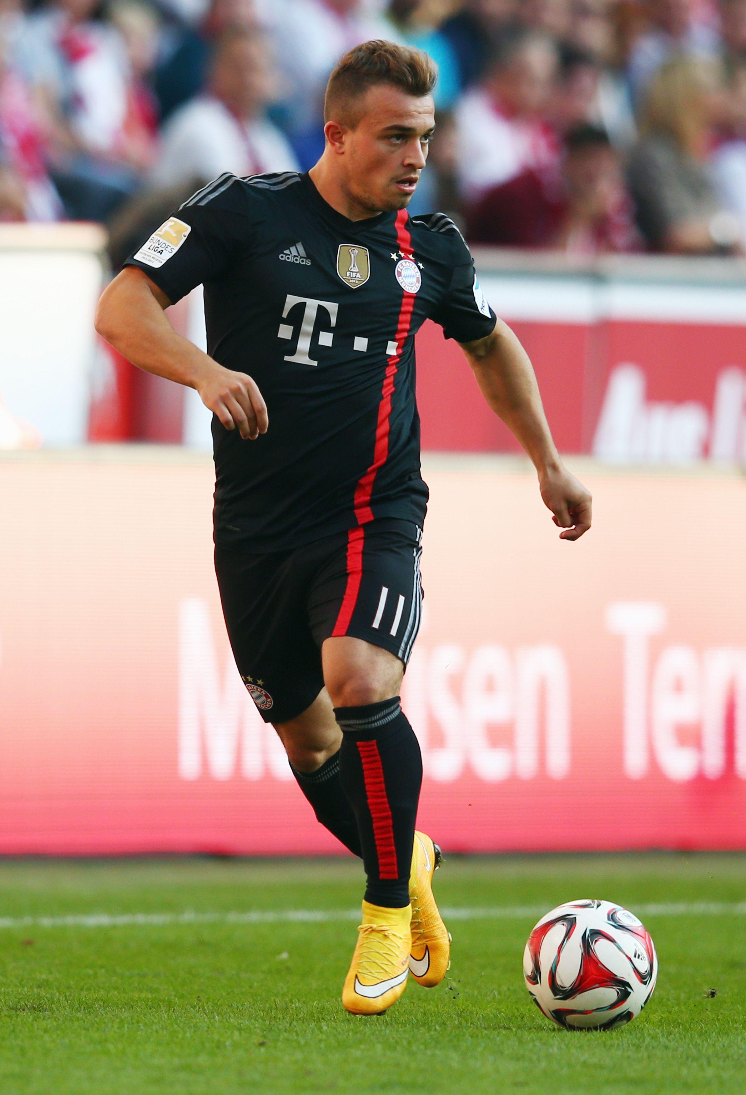 Xherdan Shaqiri Of Bayern Munich Calcio Maglia